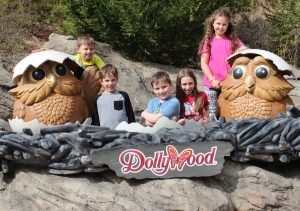 Dollywood Friends